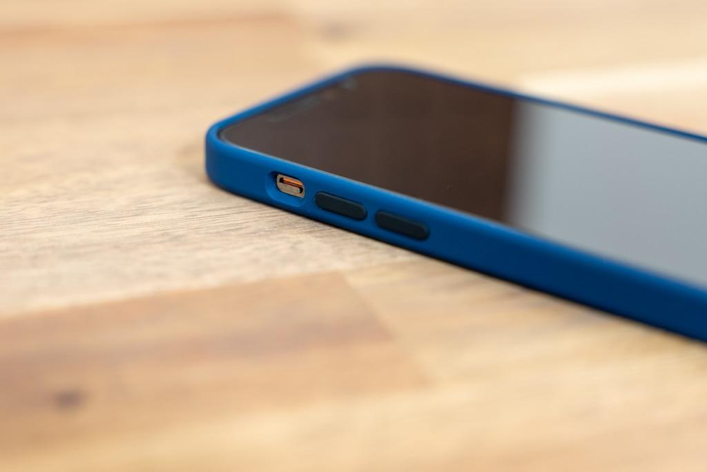 iPhone 12 / iPhone 12 Pro用Apple純正シリコンケースの各パーツ部