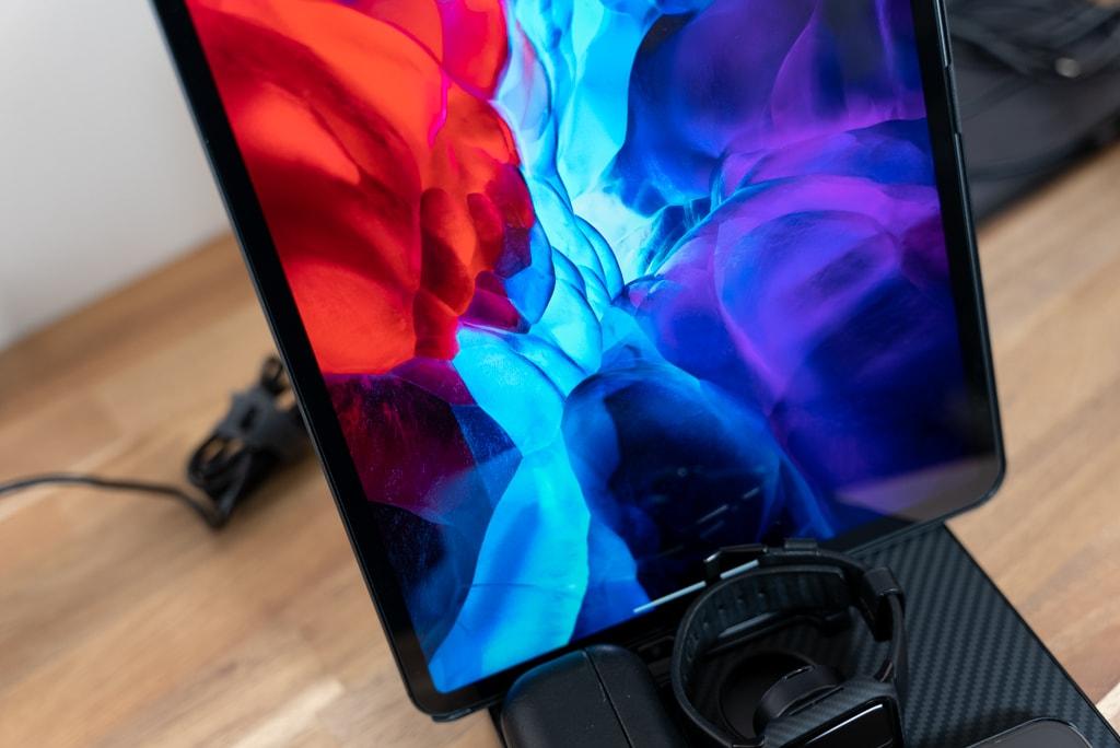 iPad Pro 12.9インチの充電も問題ない