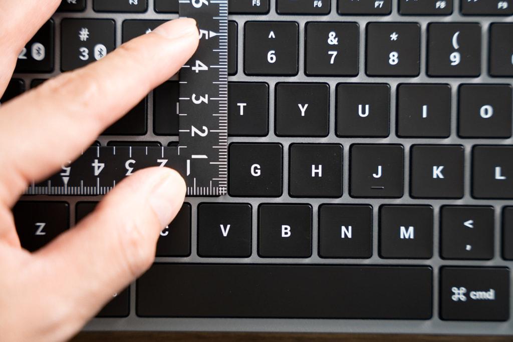 Satechi Slim X1 Bluetooth Backlit Keyboardのキーサイズ