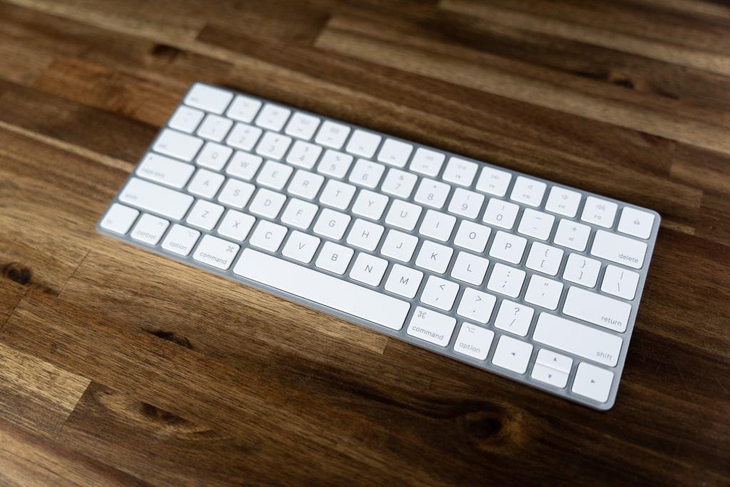 Magic Keyboard シルバー