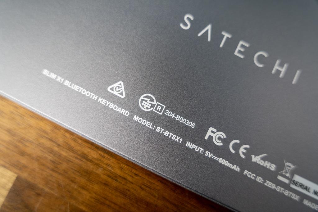 Satechi Slim X1 Bluetooth Backlit Keyboardは技適マーク付き