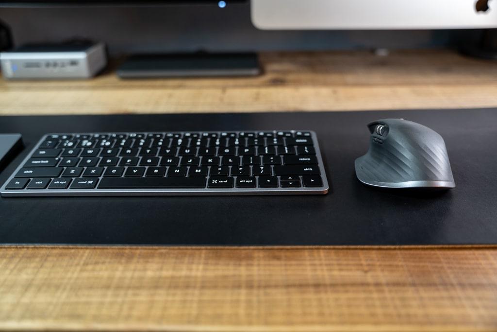 Satechi Slim X1 Bluetooth Backlit Keyboardの使用感・純正との違い