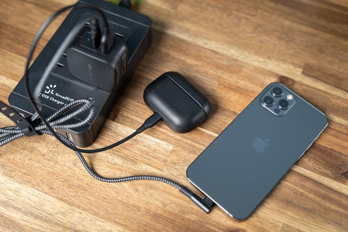 iPhoneを急速充電しながらAirPods Proを充電