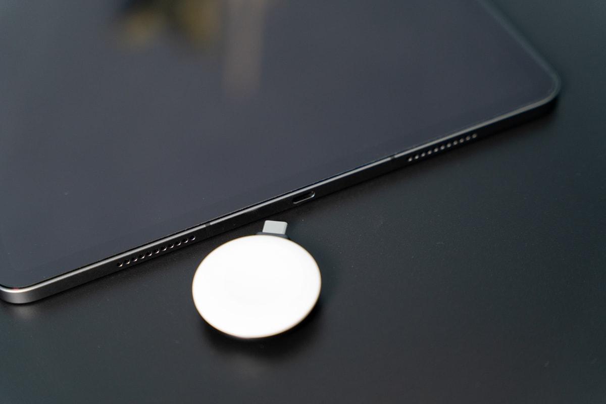 iPadはポートひとつしかない