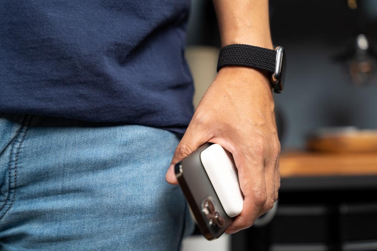 iPhoneをずっと持っている人にMagSafe対応モバイルバッテリーはおすすめ