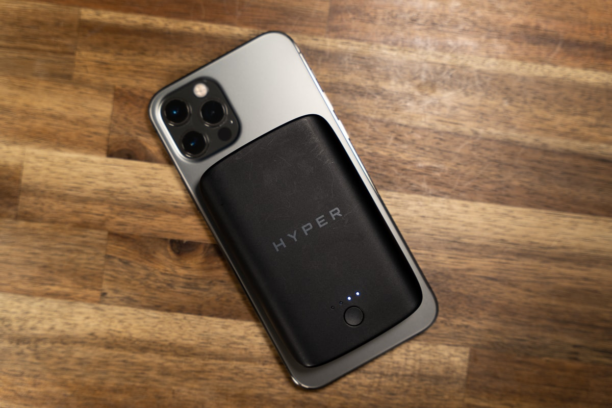 iPhone 12 Proに装着