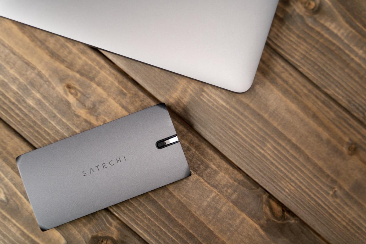Satechi On-The-Go マルチ USB-Cハブ 9-in-1