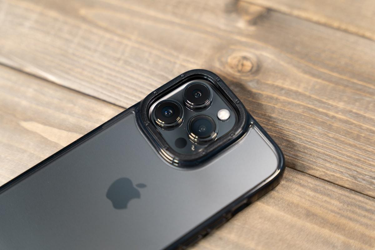 カメラリングのデザインが特徴的