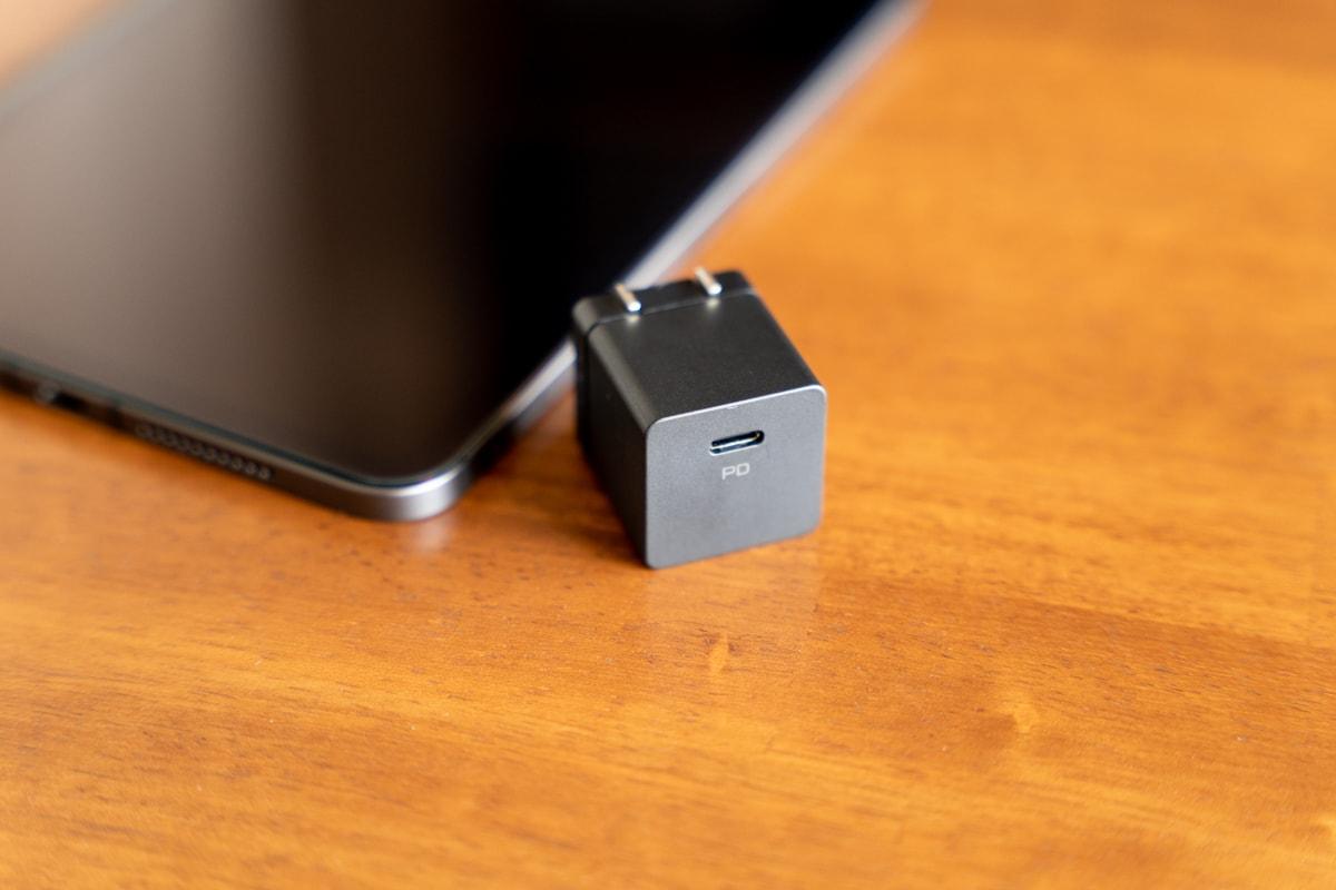 DIGIFORCE 20W USB PD Fast ChargerとiPad mini 6